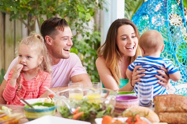 Rodzinne posiłki, czyli wyjątkowe spotkanie przy stole